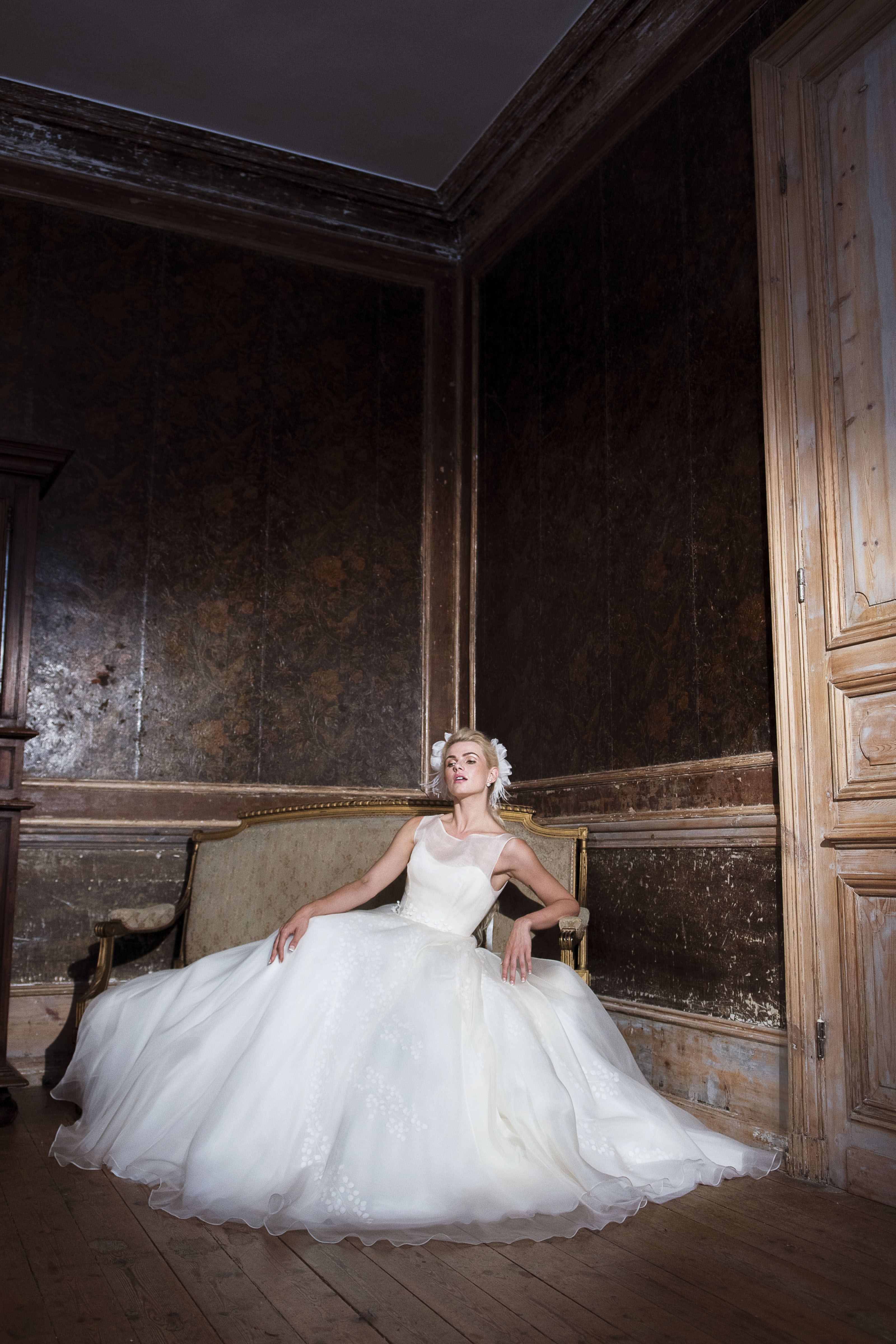 Bridal Shop London View The First Images Of The Lyn Ashworth By